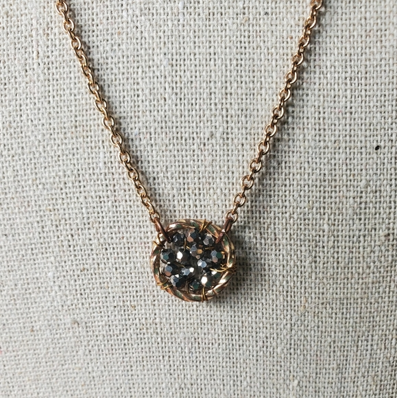 Jewelry - Gold chain with pyrite like dreamcatcher